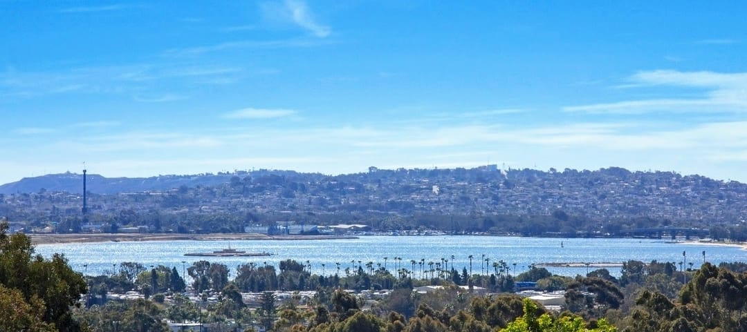 Coastal San Diego Bay Ho