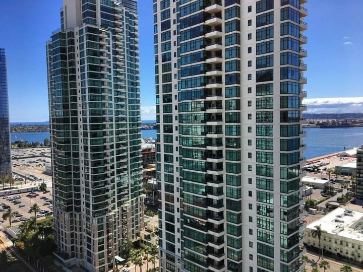 The Grande South Condos For Sale In The Columbia District
